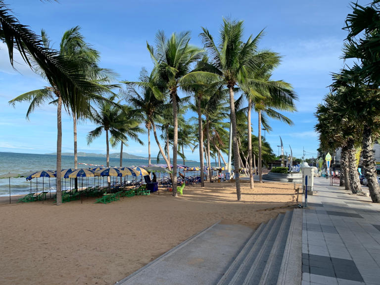Pattaya and it's 7 best Beaches Explained 25