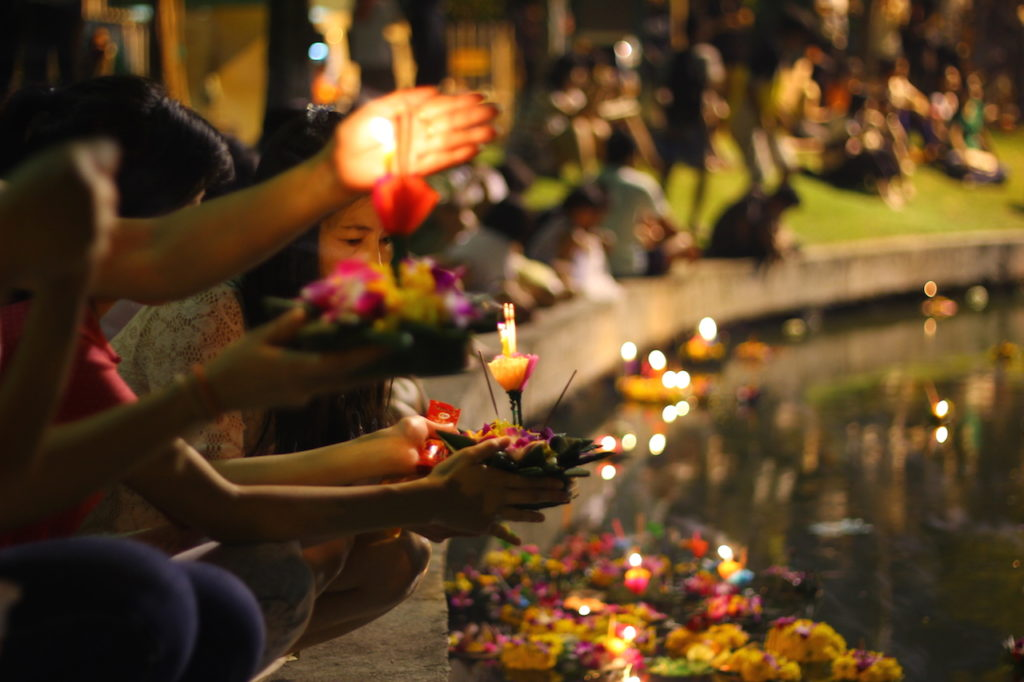 Loy Krathong - One of the most captivating festivals in Thailand 4