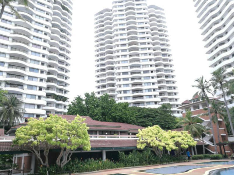 Ready to Retire and Live Abroad? Move to Thailand and live in Pattaya; Great Lifestyle, Wonderful Climate and so much to do 5